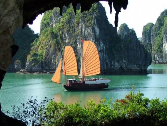 Ha Long Bay Full Day